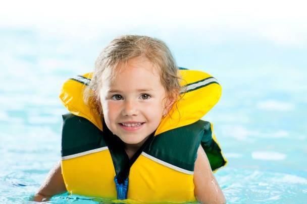Đã có không ít ca đuối nước thương tâm: Đây là những gì cần làm để tránh tai nạn đuối nước khi cho trẻ đi bơi - Ảnh 4.
