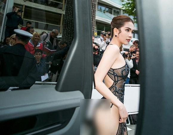 Bộ váy Ngọc Trinh mặc tại thảm đỏ Cannes 2019 - Ảnh 1.