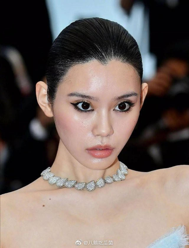 Tá hỏa làn da của dàn mỹ nhân Cbiz dự Cannes: Quan Hiểu Đồng dừ như Chương Tử Di, nhân vật thứ 6 gây sốc nhất - Ảnh 7.