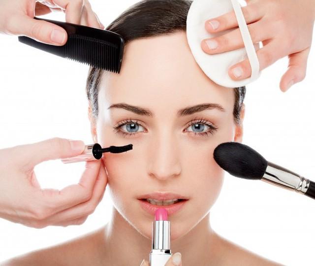 Bí kíp 4T giúp phụ nữ tìm thấy vẻ đẹp rạng rỡ của riêng mình - Ảnh 1.