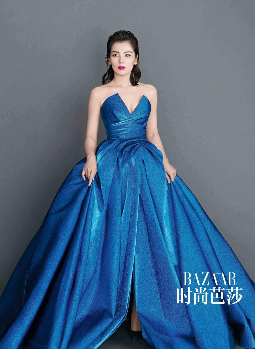"""Chiếc đầm công chúa đẹp mê mẩn khiến cả Weibo sôi sục, netizen xôn xao về danh tính minh tinh có """"diễm phúc"""" được diện - Ảnh 8."""