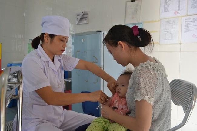 Đã có 1 trường hợp trẻ mắc viêm não Nhật Bản tại Hà Nội: Bệnh viêm não Nhật Bản có lây không và những ai dễ mắc bệnh? - Ảnh 1.