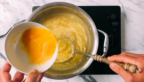 Tôi học được bí quyết nấu súp trứng ngon của đầu bếp nhà hàng, nấu thử ai cũng trầm trồ khen ngợi - Ảnh 3.