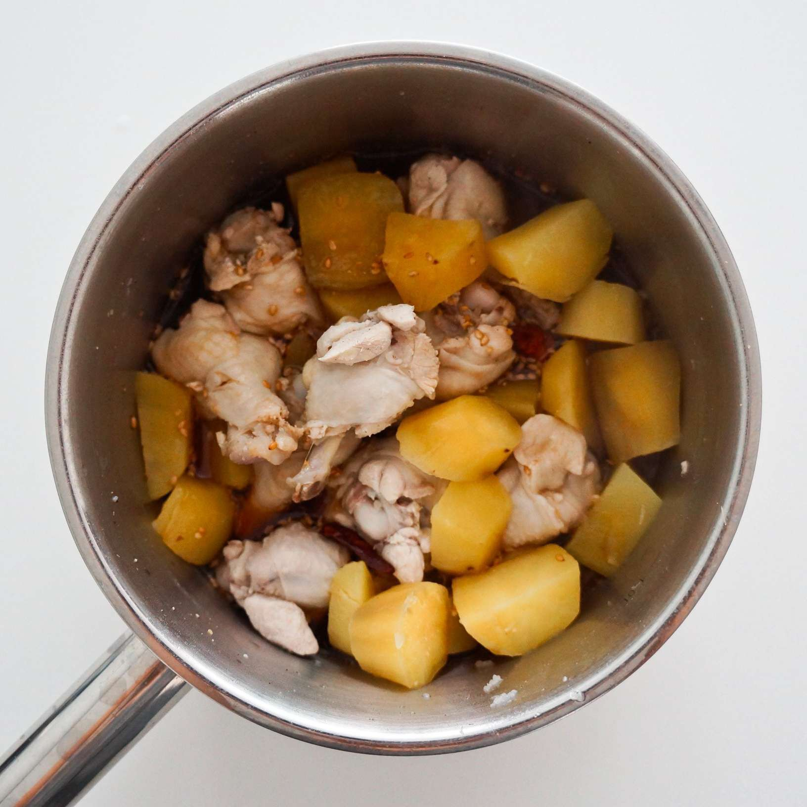 Người Hàn có cách chế biến thịt gà cực lạ, tôi ăn thử một lần là thích ngay lập tức - Ảnh 4.