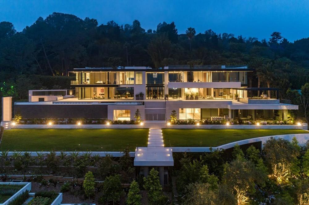 Bên trong biệt thự xa hoa có giá thuê 1.5 triệu USD/tháng đắt nhất Mỹ - Ảnh 1.