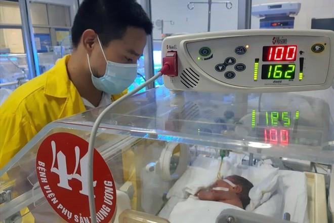 Bác sĩ viết tâm thư sau chuyện người mẹ ung thư quyết tâm sinh con - Ảnh 1.