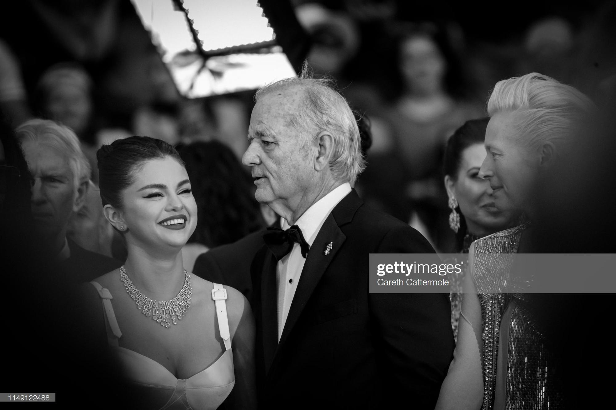Top khoảnh khắc đắt giá nhất Cannes 2019: Dàn mỹ nhân 9X bất ngờ chiếm đa số, Selena và cặp đôi Brooklyn ấn tượng mạnh - Ảnh 1.