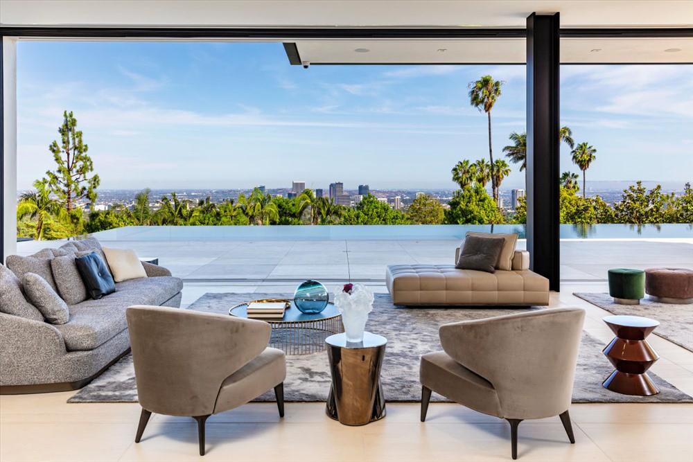 Bên trong biệt thự xa hoa có giá thuê 1.5 triệu USD/tháng đắt nhất Mỹ - Ảnh 2.