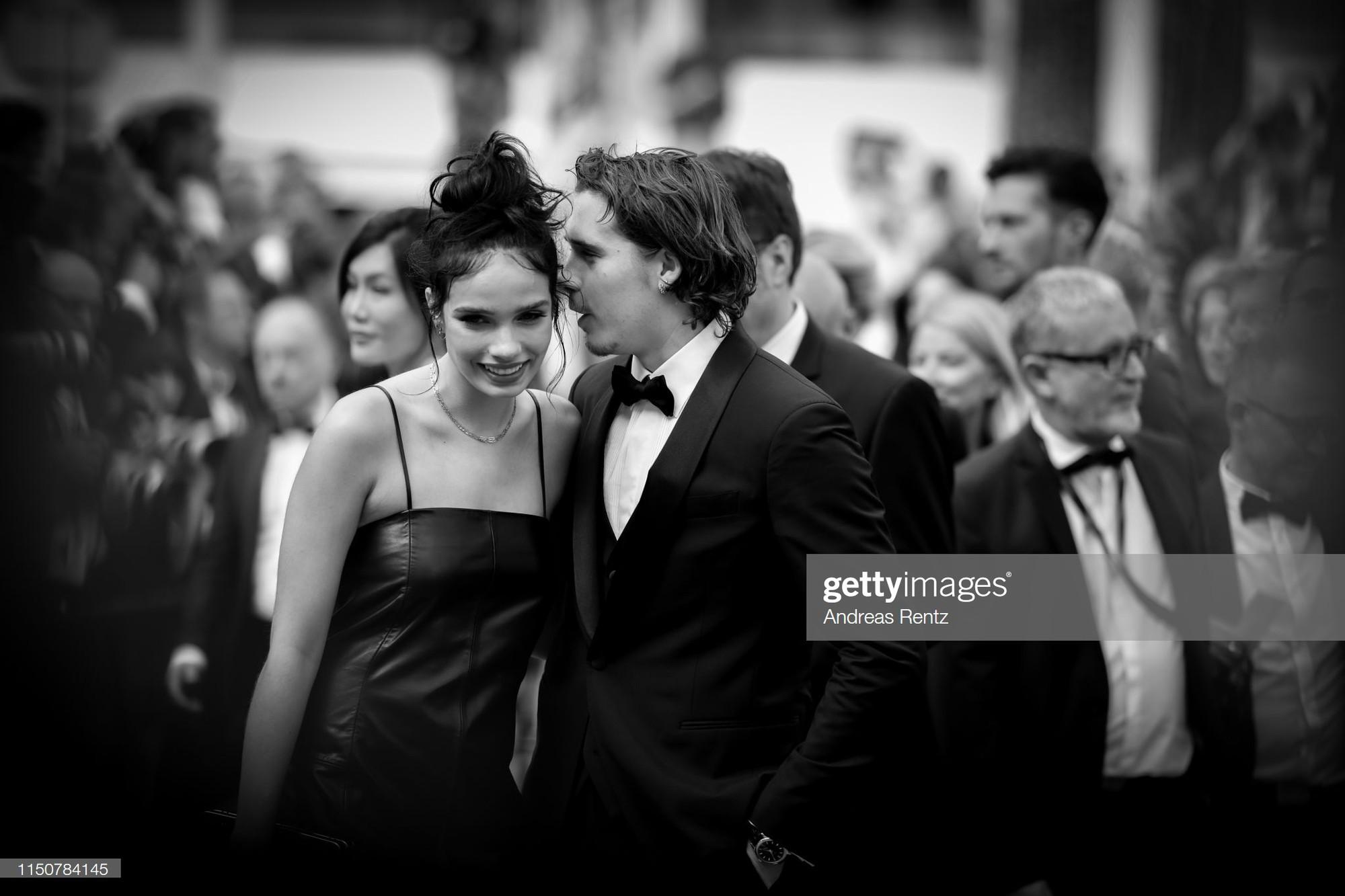 Top khoảnh khắc đắt giá nhất Cannes 2019: Dàn mỹ nhân 9X bất ngờ chiếm đa số, Selena và cặp đôi Brooklyn ấn tượng mạnh - Ảnh 3.