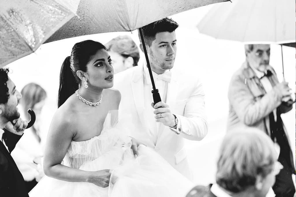Top khoảnh khắc đắt giá nhất Cannes 2019: Dàn mỹ nhân 9X bất ngờ chiếm đa số, Selena và cặp đôi Brooklyn ấn tượng mạnh - Ảnh 7.
