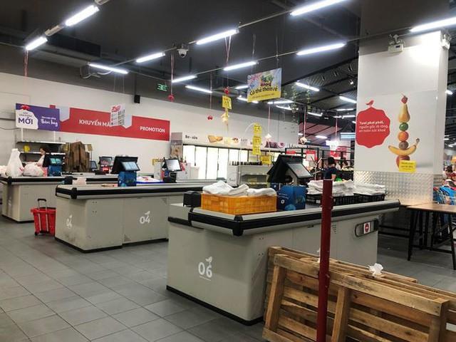 Hình ảnh siêu thị Auchan sau nhiều ngày tháo khoán rút khỏi Việt Nam - Ảnh 17.