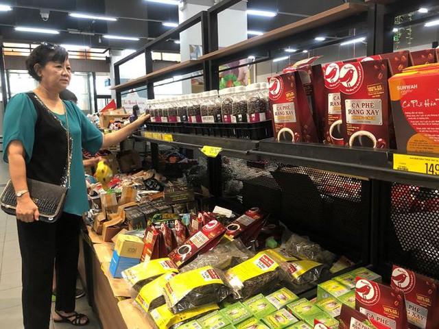 Hình ảnh siêu thị Auchan sau nhiều ngày tháo khoán rút khỏi Việt Nam - Ảnh 3.