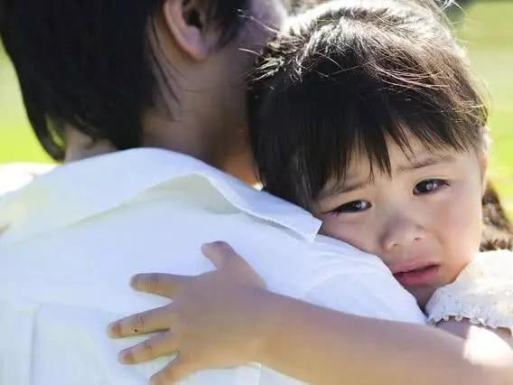 """Câu nói """"Con trai lớn tránh mẹ, con gái lớn tránh cha"""" chỉ đúng một phần và lời giải thích của chuyên gia tâm lý giúp phụ huynh hiểu rõ hơn - Ảnh 4."""