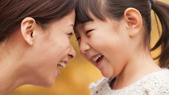 Hiến kế để giúp lời nói của mẹ trở nên có trọng lượng và con biết lắng nghe, ngoan ngoãn hơn - Ảnh 1.