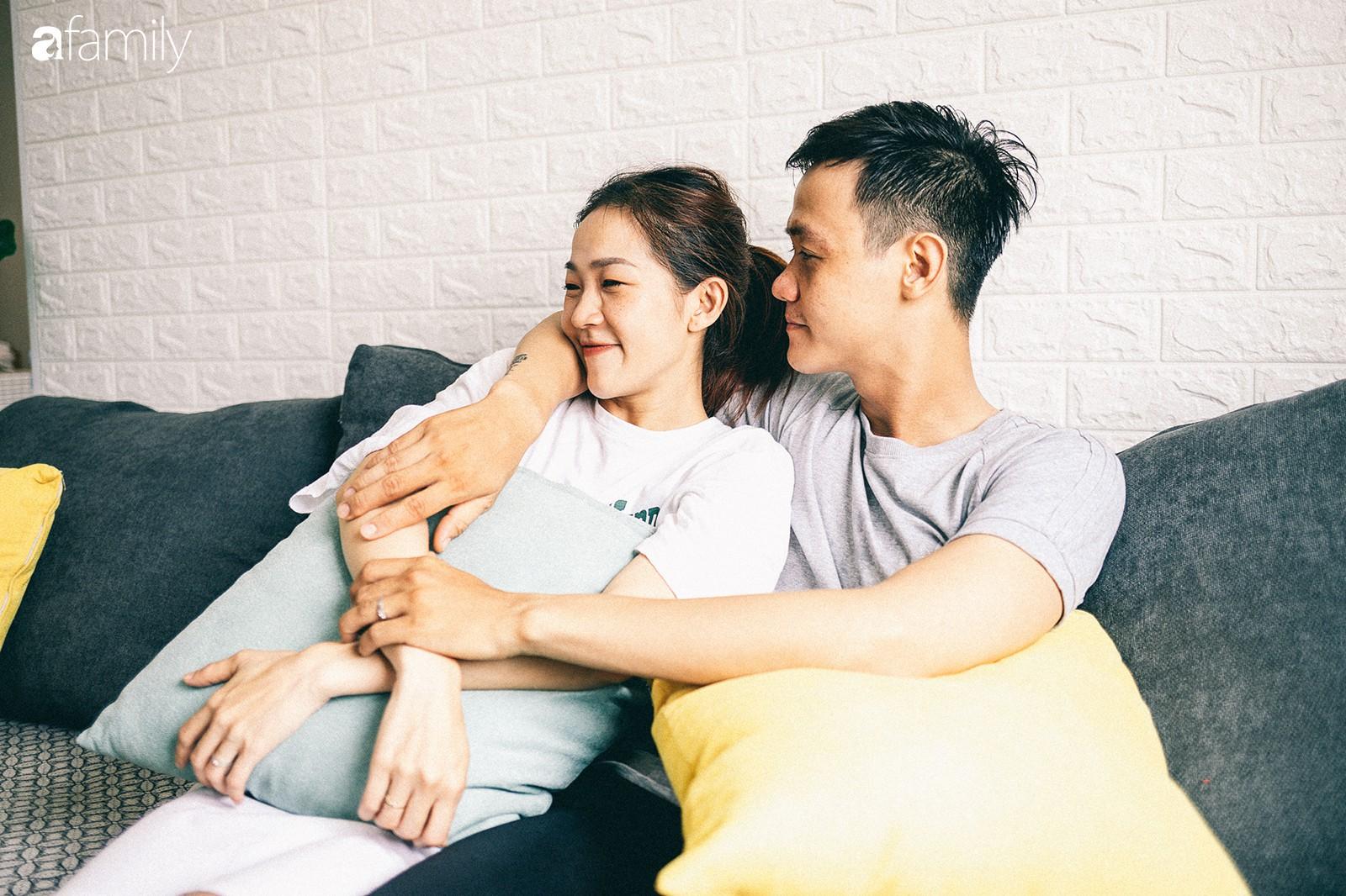 Căn hộ xanh bạc hà đẹp như mơ và chuyện cặp vợ chồng vũ công đi khắp Sài Gòn tự tay sắm sửa cho ngôi nhà hạnh phúc - Ảnh 6.