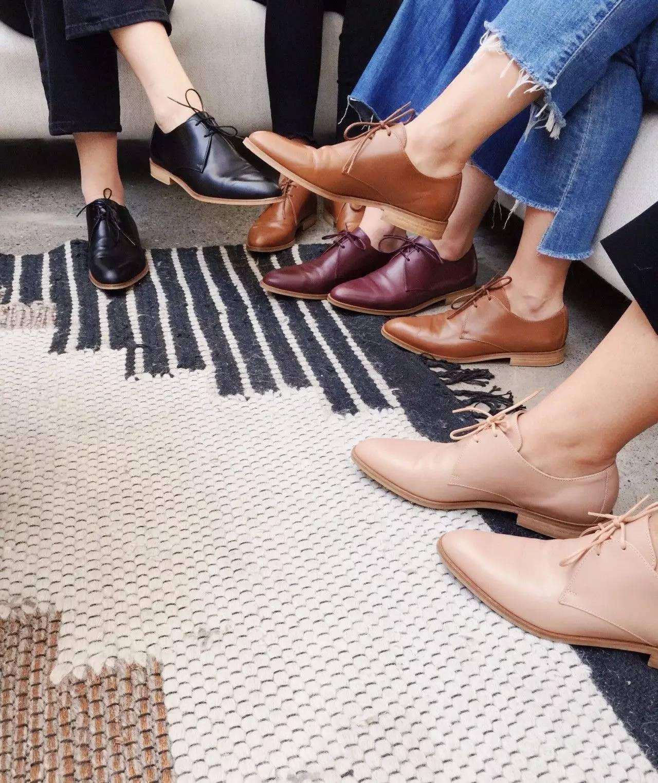 3 mẫu giày công sở với vẻ ngoài cá tính