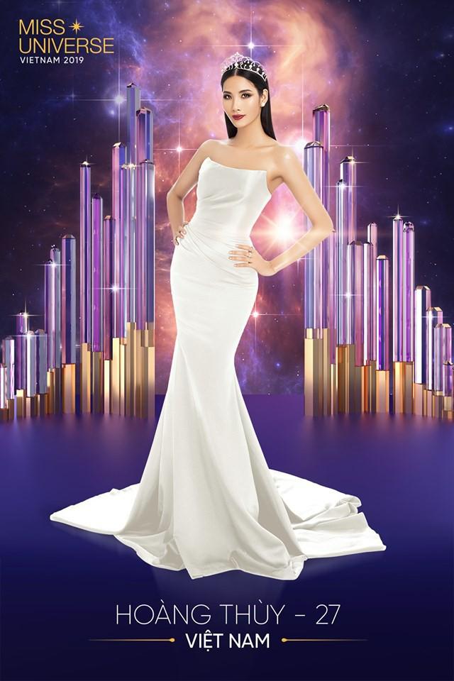 Tung ảnh mới chinh chiến Miss Universe nhưng hóa ra, Hoàng Thùy mặc đầm cũ của Đỗ Mỹ Linh và Hương Giang - Ảnh 1.