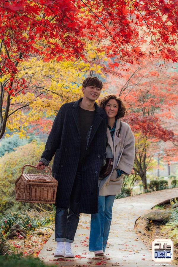 Tập cuối Mối tình đầu của tôi thua xa bản Hàn: Lan Ngọc quá đẹp là một cái tội, Chi Pu còn chẳng có nổi đoạn kết của riêng mình - Ảnh 2.