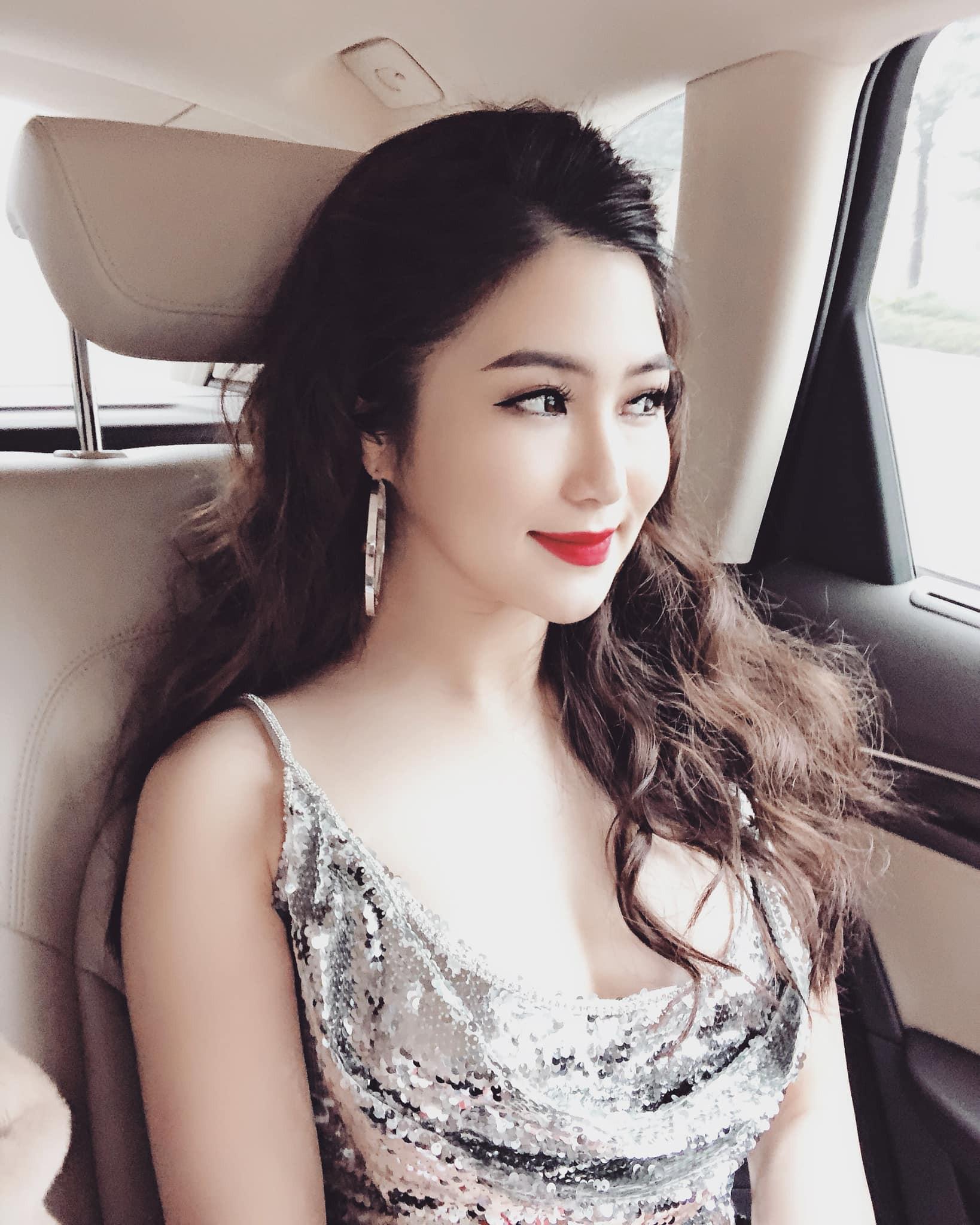 Hương Tràm nhận show hát ở Mỹ nhưng chiếc váy tuyệt đẹp cô mặc lại khiến người nhiều bất ngờ  - Ảnh 9.