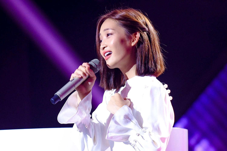 """The Voice: Hồ Hoài Anh ăn hàng tá """"gạch đá"""" vì nghi án thiên vị cô gái xinh đẹp, có chút tiếng tăm này  - Ảnh 6."""