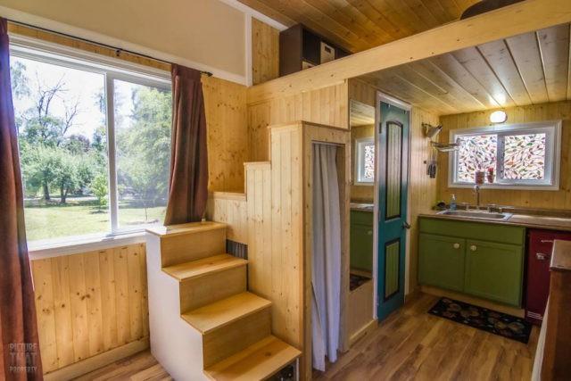 Bất ngờ với nhà gỗ mini đủ đầy các chức năng cho cuộc sống thường ngày - Ảnh 5.