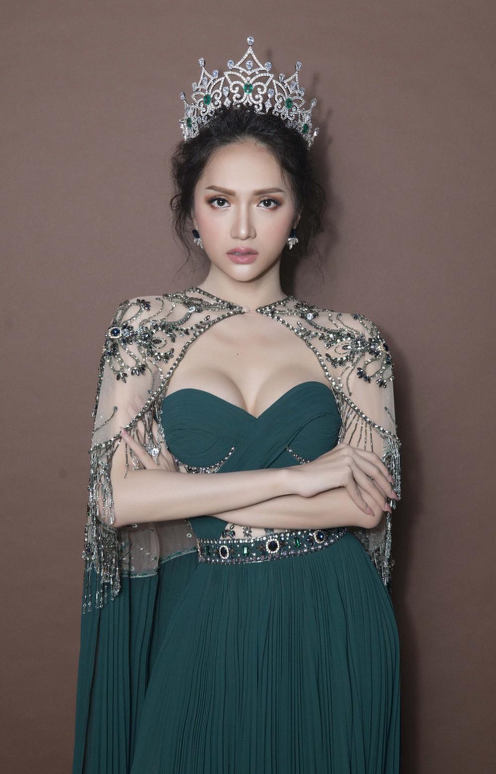 Hương Giang là HLV The Voice Kids, dân mạng xôn xao: Hoa hậu rất đẹp nhưng mà hát thì...  - Ảnh 2.