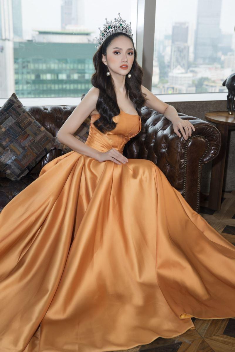 Hương Giang là HLV The Voice Kids, dân mạng xôn xao: Hoa hậu rất đẹp nhưng mà hát thì...  - Ảnh 4.