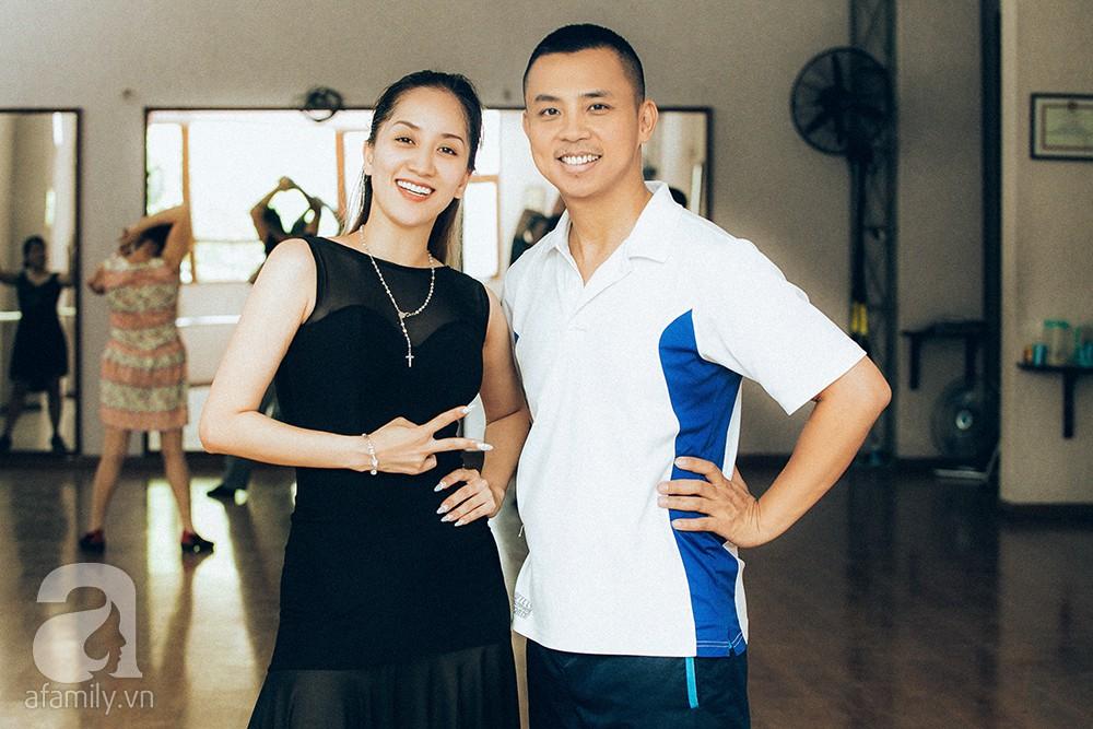"""Những chuyện tình """"chị - em"""" đáng ngưỡng mộ nhất showbiz Việt: Khi tình trẻ sẵn sàng làm chỗ dựa cho người phụ nữ trải qua nhiều giông bão - Ảnh 11."""