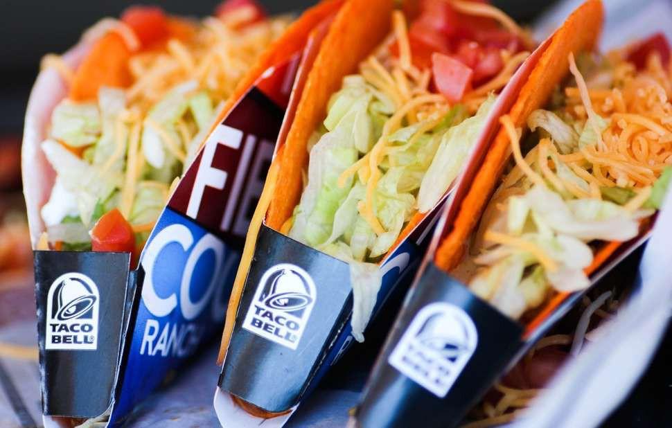 """Cửa hàng thức ăn nhanh cung cấp dịch vụ hôn lễ """"nhanh"""" trọn gói chỉ với hơn 10 triệu đồng - Ảnh 1."""