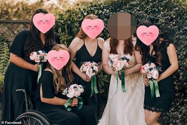 Gặp phù dâu xấu tính, đi ăn cưới trưng mặt buồn, chỉ nhìn mỗi chú rể, cô dâu cao tay làm việc này với ảnh cưới được ủng hộ nhiệt tình - Ảnh 2.