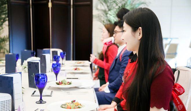 Giới siêu giàu Trung Quốc 'bạo chi' để con em 'Tây hóa' - Ảnh 2.