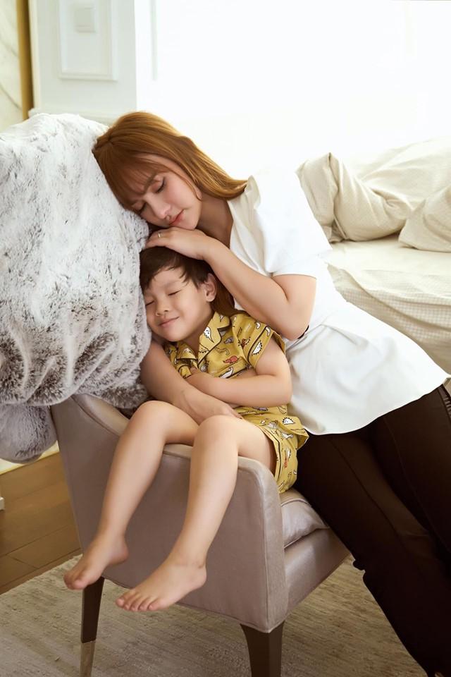 """""""Soi"""" nhất cử nhất động của sao Việt (11/6) - Ảnh 1."""