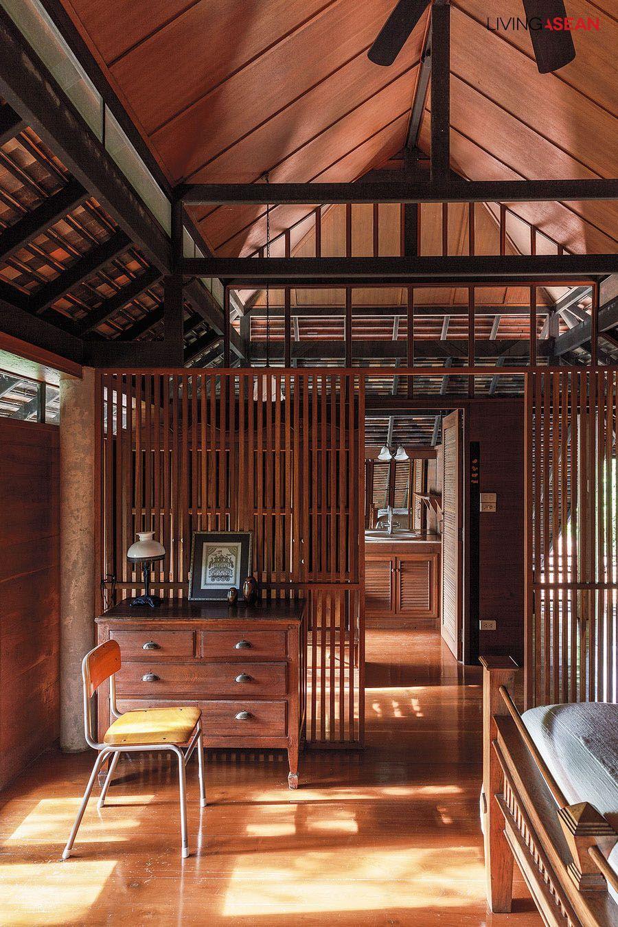 Ngôi nhà gỗ bất chấp nắng nóng, chỉ có gió mát và ánh sáng ngập tràn giữa rừng cây xanh - Ảnh 13.