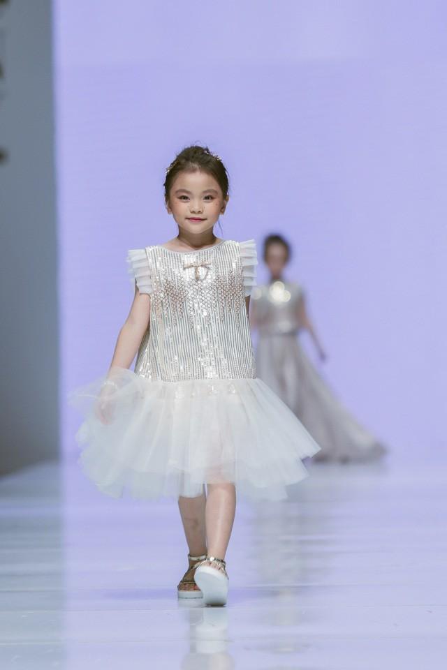 Bộ sưu tập Jessica Princess siêu xinh cho bé gái dự tiệc - Ảnh 4.