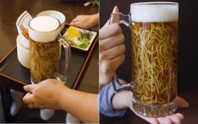 Không chỉ có món bia trân châu kỳ dị mới xuất hiện, từng có món mì ramen trong bia cũng khiến dân tình kinh ngạc - Ảnh 9.