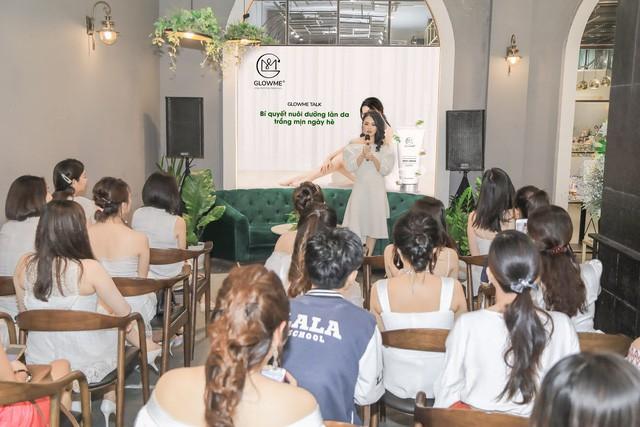 Học hỏi kinh nghiệm nuôi dưỡng làn da trắng mịn ngày hè từ Hoa hậu Trương Tri Trúc Diễm  - Ảnh 2.