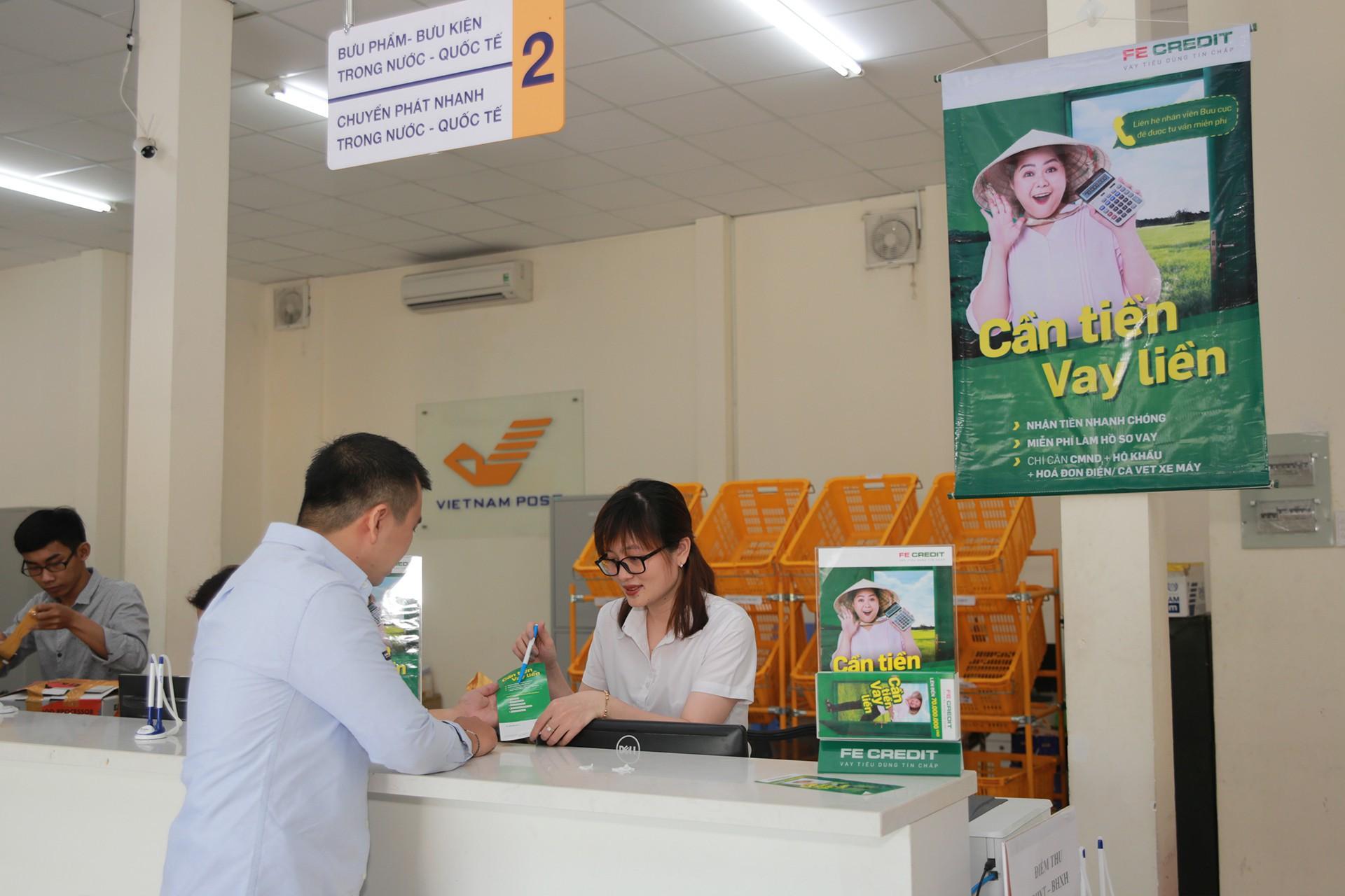 FE CREDIT hợp tác với Bưu điện Việt Nam giới thiệu dịch vụ cho vay tiêu dùng tới khu vực nông thôn - Ảnh 2.