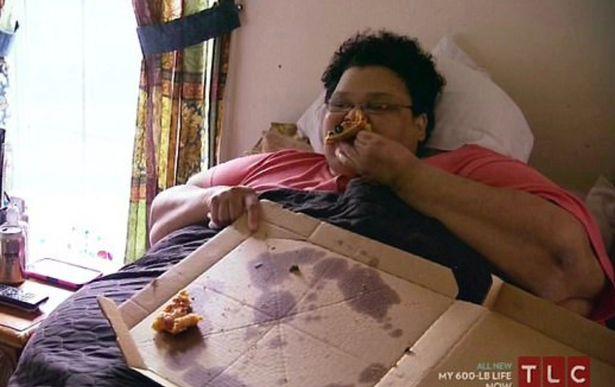 Cảm thấy nhục nhã vì nằm liệt giường suốt nhiều năm, người phụ nữ nặng hơn 3 tạ quyết tâm lột xác, kết quả khiến nhiều người choáng váng - Ảnh 3.