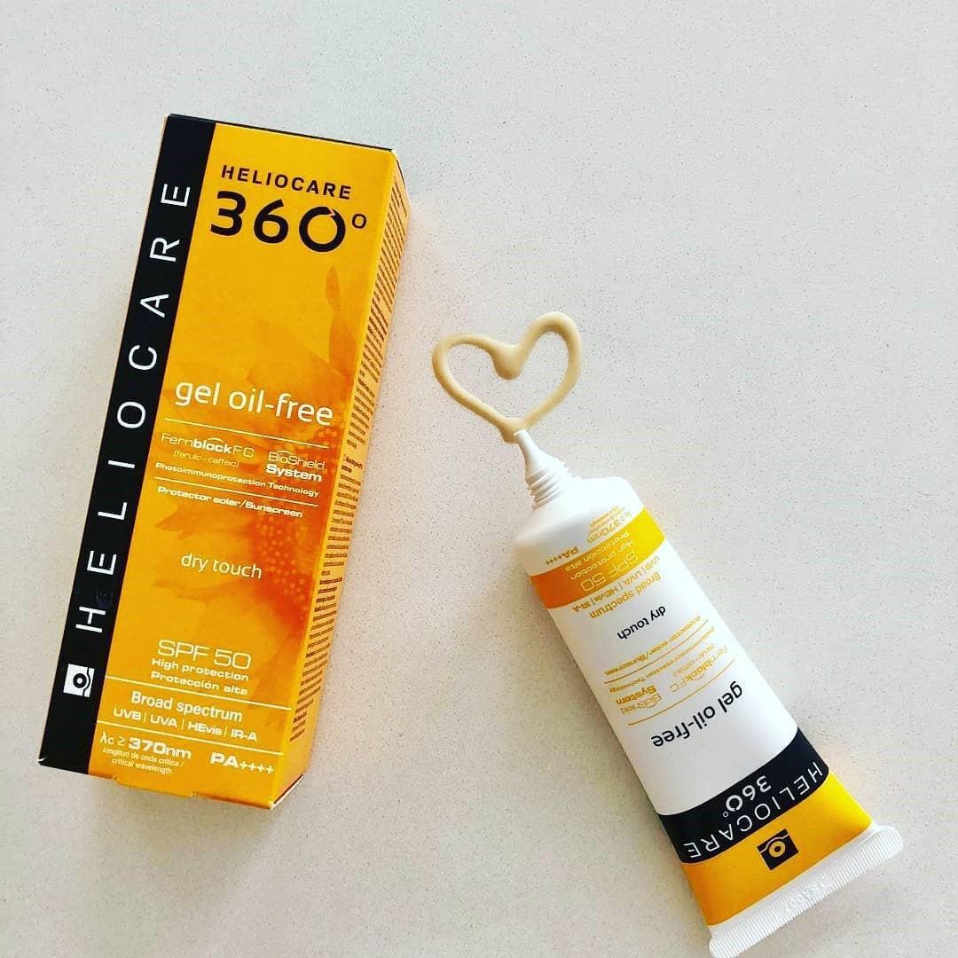 Để da chóng hồi phục sau nặn mụn hoặc trị liệu laser, bạn sẽ cần đến 7 loại kem chống nắng hỗ trợ làm khỏe da này - Ảnh 7.