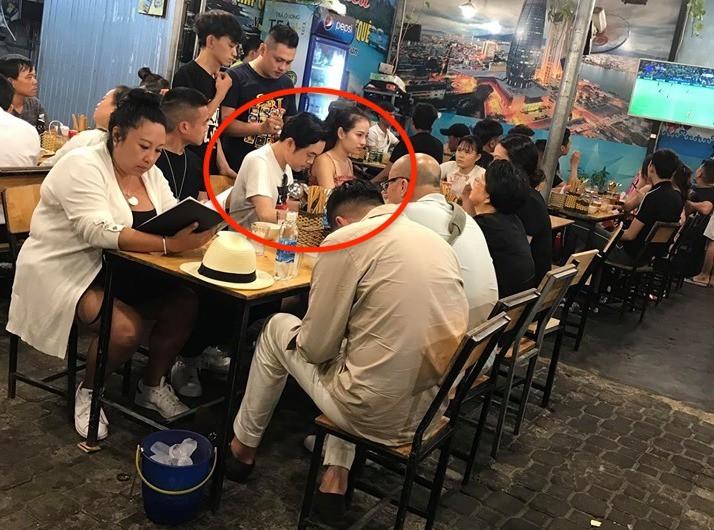 Hoãn trăng mật, Dương Khắc Linh - Sara Lưu cùng người thân đi du lịch sau hôn lễ sang trọng - Ảnh 2.