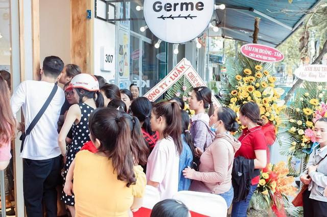 Khuấy động con phố Quang Trung với sự ra mắt chi nhánh thứ 20 của thương hiệu thời trang trẻ Germe tại Quảng Ngãi - Ảnh 4.