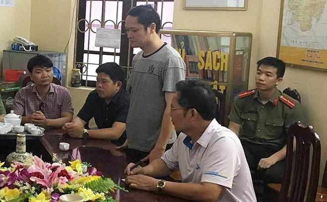 Chỉ mất 6 giây sửa một bài thi, ông Lương nâng điểm hơn 300 bài thi trong thời gian ngắn - Ảnh 1.