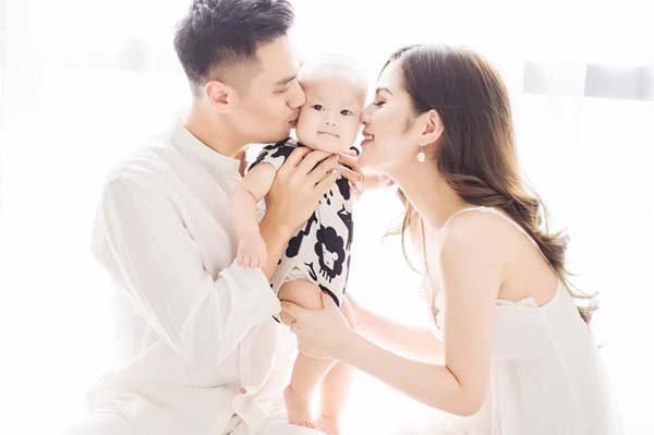 """Chỉ mới kết hôn 4 năm, vợ chồng Việt Anh đã """"5 lần 7 lượt"""" gây xôn xao với loạt nghi án rạn nứt - Ảnh 6."""