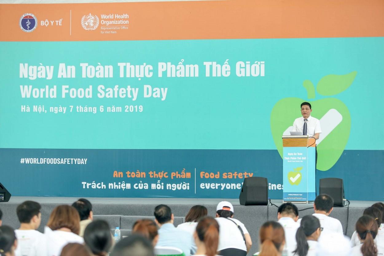 Ngày An toàn thực phẩm Thế giới: Những nhóm thực phẩm này là nguyên nhân của hơn 200 bệnh - Ảnh 1.