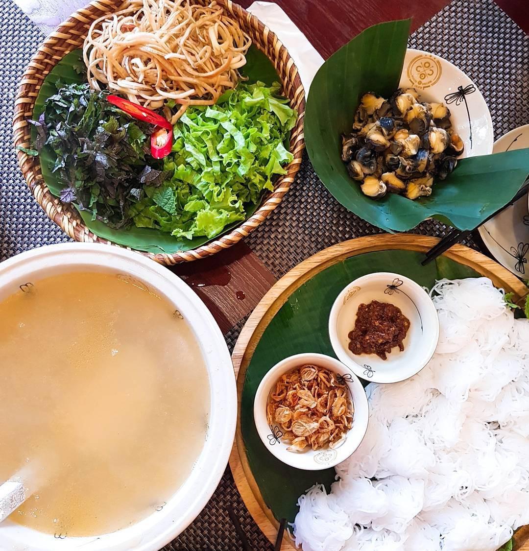 Món ăn ngon mùa hè ở Hà Nội: Bún ốc nguội - Ảnh 1.