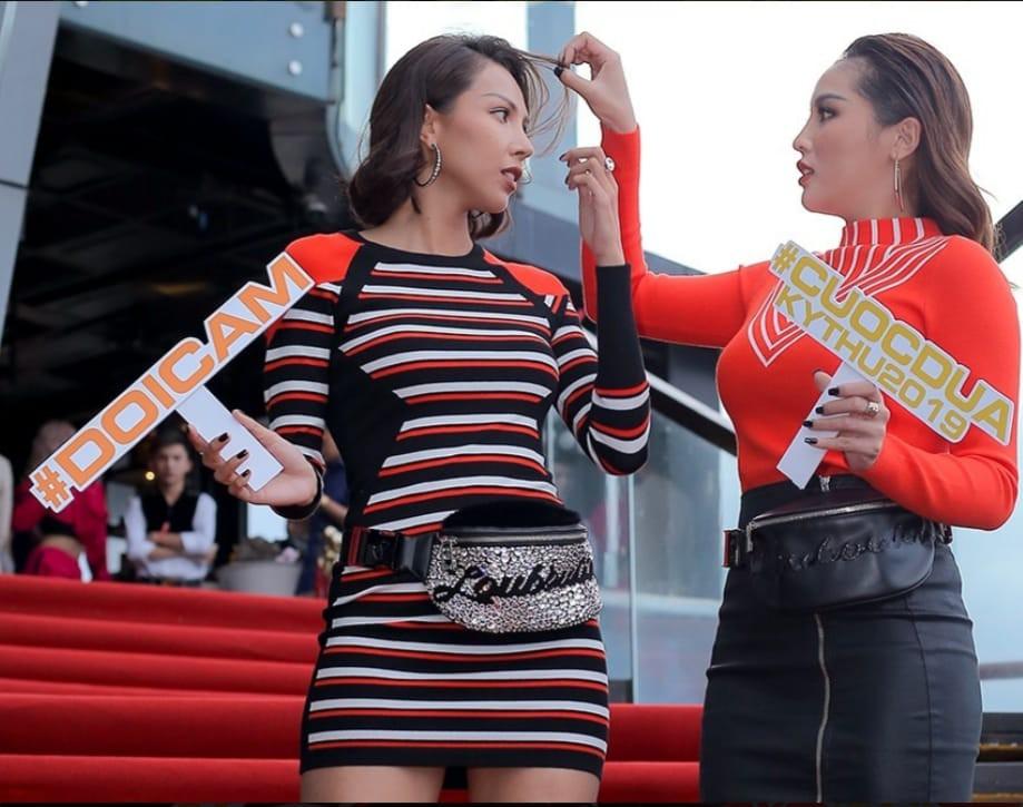 Cuộc đua kỳ thú 2019: Lộ clip Kỳ Duyên bơi cực sexy, quấn quýt bên Minh Triệu không rời  - Ảnh 1.