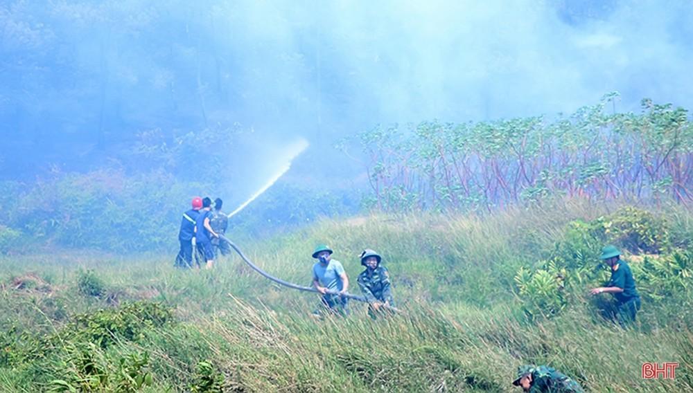 Toàn cảnh thảm họa cháy rừng ở Hà Tĩnh - Ảnh 9.