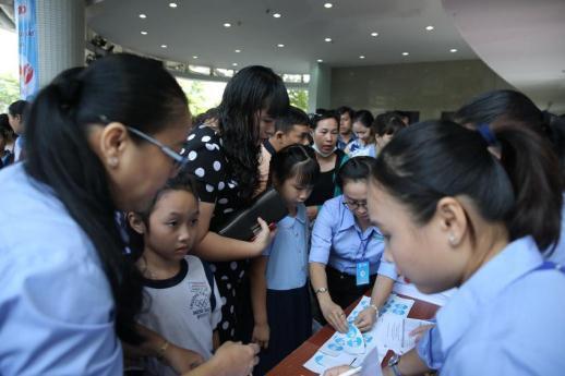 """Rộn ràng chung kết trao giải liên hoan """"Em yêu chữ Việt"""" 2019: Tự hào nét chữ con! - Ảnh 1."""
