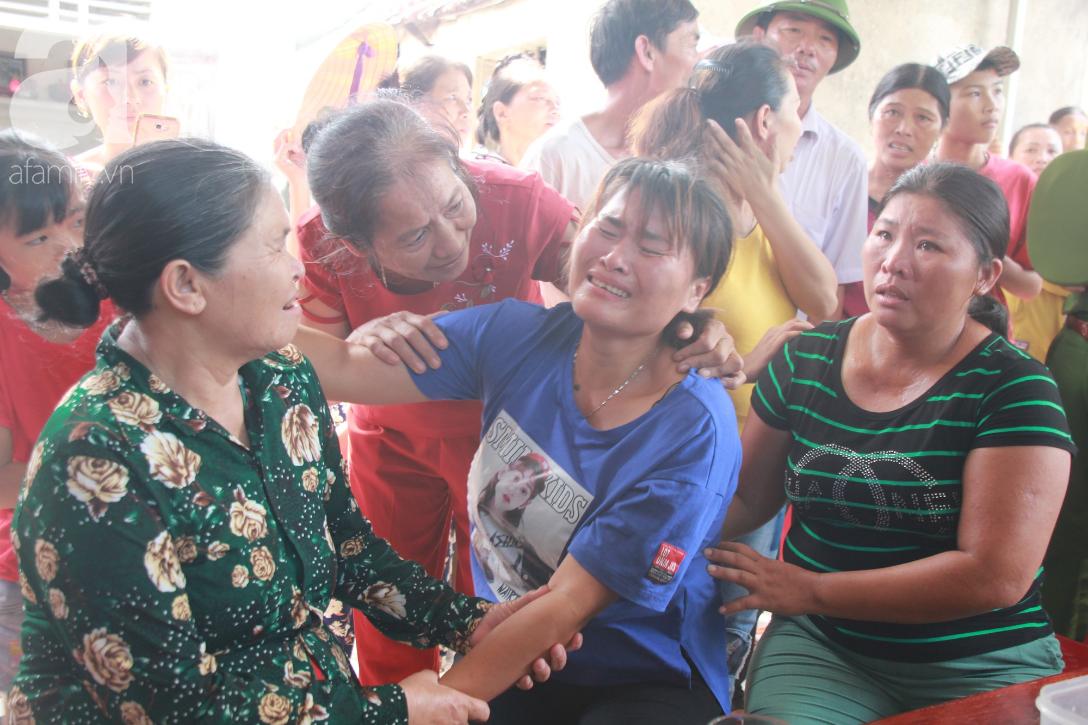 Nước mắt ngày trở về của người phụ nữ sau 24 năm bị lừa bán làm vợ ở Trung Quốc: Mẹ ơi, con về rồi, về thật rồi! - Ảnh 2.