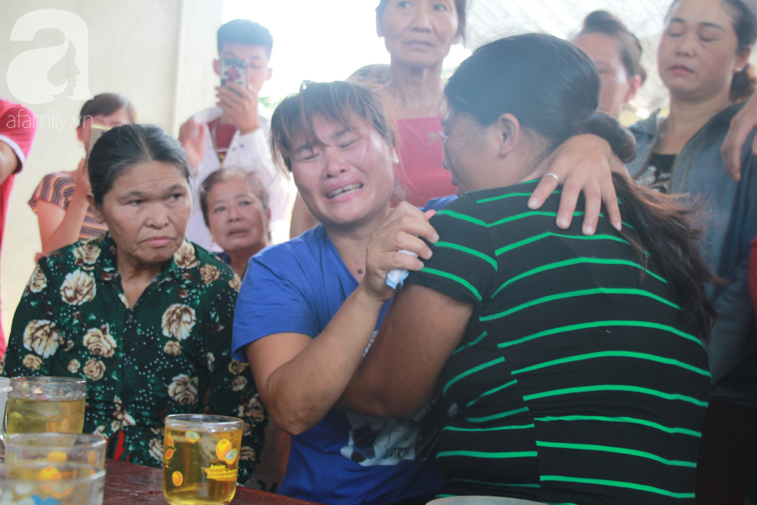 Nước mắt ngày trở về của người phụ nữ sau 24 năm bị lừa bán làm vợ ở Trung Quốc: Mẹ ơi, con về rồi, về thật rồi! - Ảnh 3.